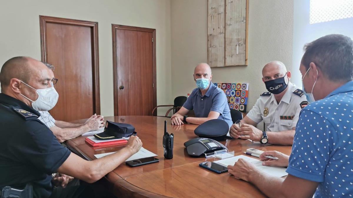 """El alcalde de Xirivella pide """"control y moderación"""" en la celebración de las festividades locales"""