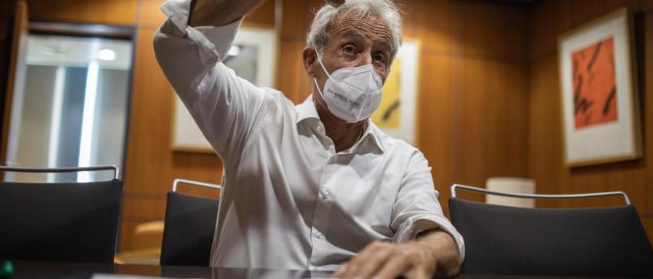 Domènec Biosca, ayer, durante la entrevista en Diario de ibiza