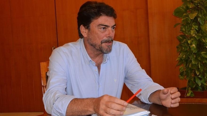 Barcala denuncia falta de información sobre la pandemia en Alicante