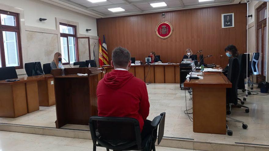 La Audiencia suspende el juicio por una violación en Ibiza  por la mala traducción de la intérprete