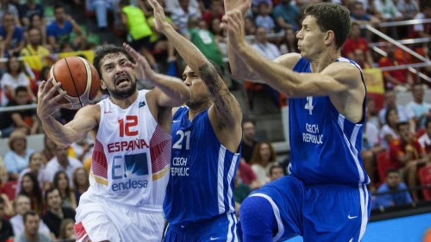 España termina invicta la gira previa del Eurobasket 2015
