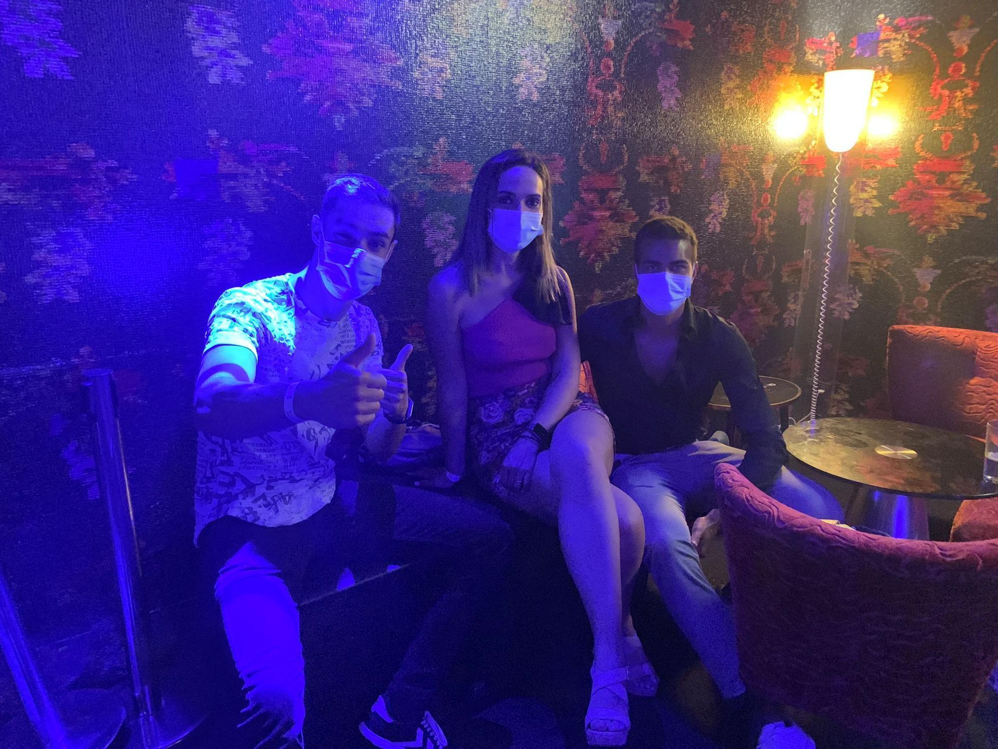 Así fue la primera noche en la discoteca Tokyo tras la pandemia.zip