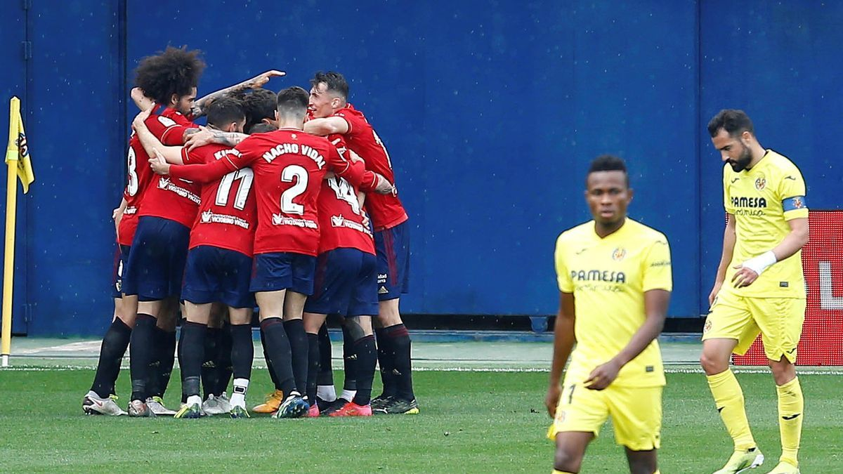 Osasuna players celebrate one of the two goals against Villarreal