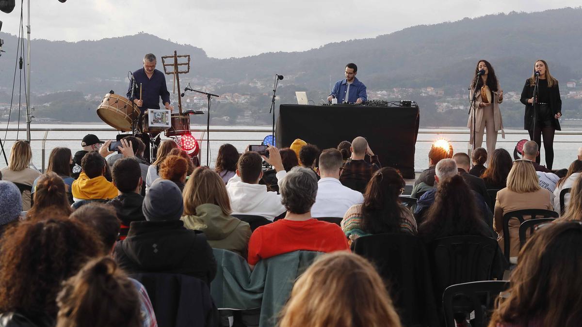 Concierto de Baiuca en el Terraceo, en el Mar de Vigo
