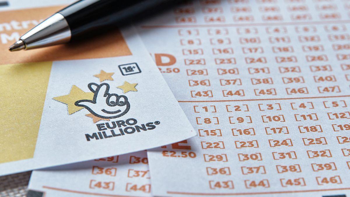 Els experts recomanen no comptartir imatges de loteria.