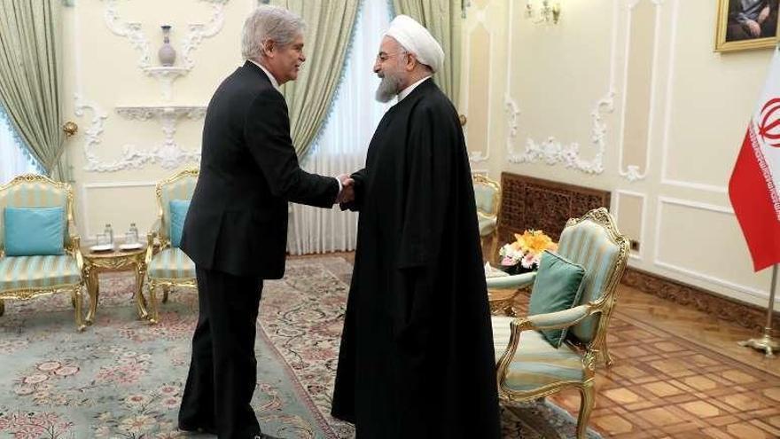Irán reafirma a Dastis que el pacto nuclear es intocable pese a la presión de Trump