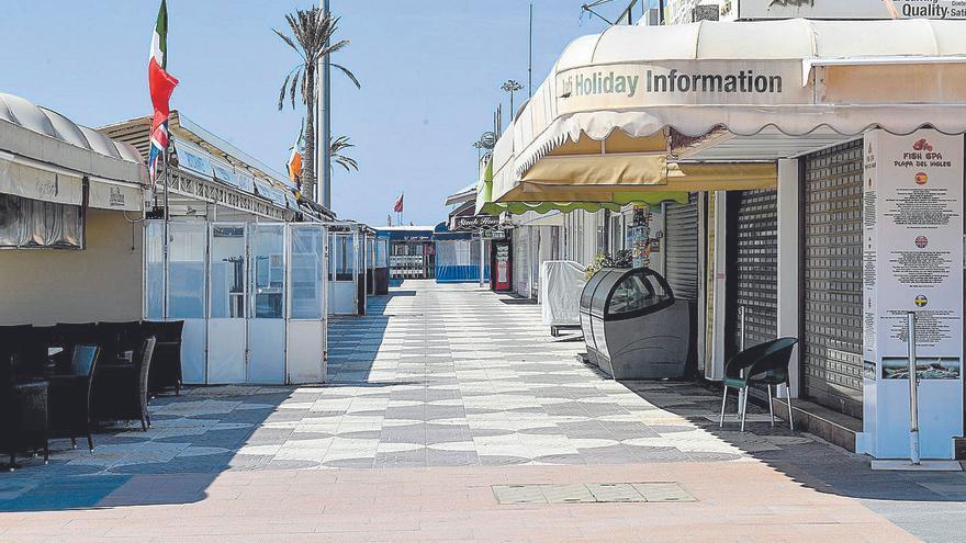Canarias no ha tocado fondo: la pesadilla durará hasta 2023