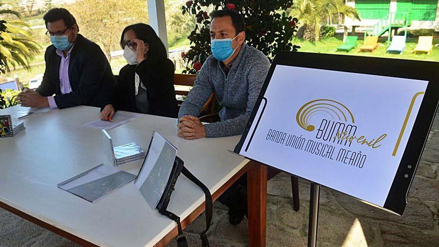 Unión Musical de Meaño presenta su nueva imagen y sus proyectos estivales