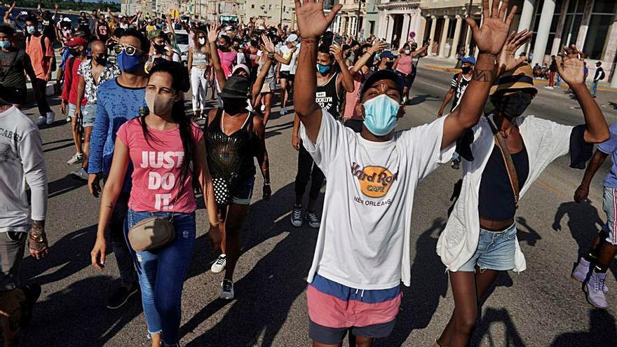 Biden sanciona els dos caps de la «repressió» de les protestes a Cuba