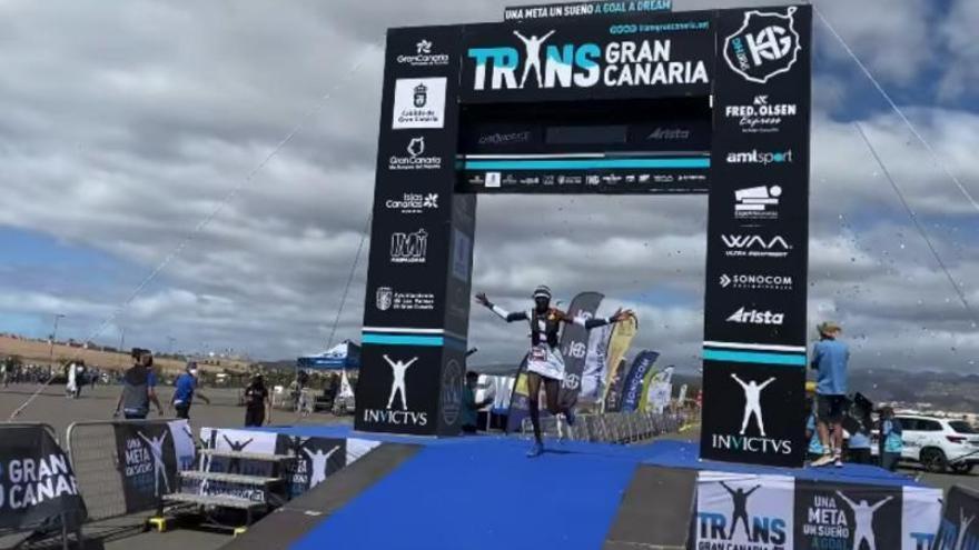 Octavio Pérez logra que cuatro keniatas corran por primera vez en montaña