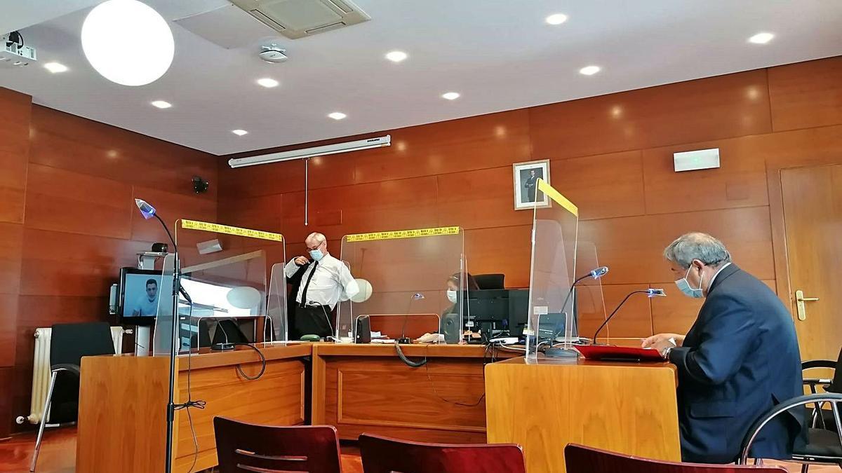 Un juicio virtual celebrado en el Juzgado de lo Penal con las medidas COVID. | S. A.