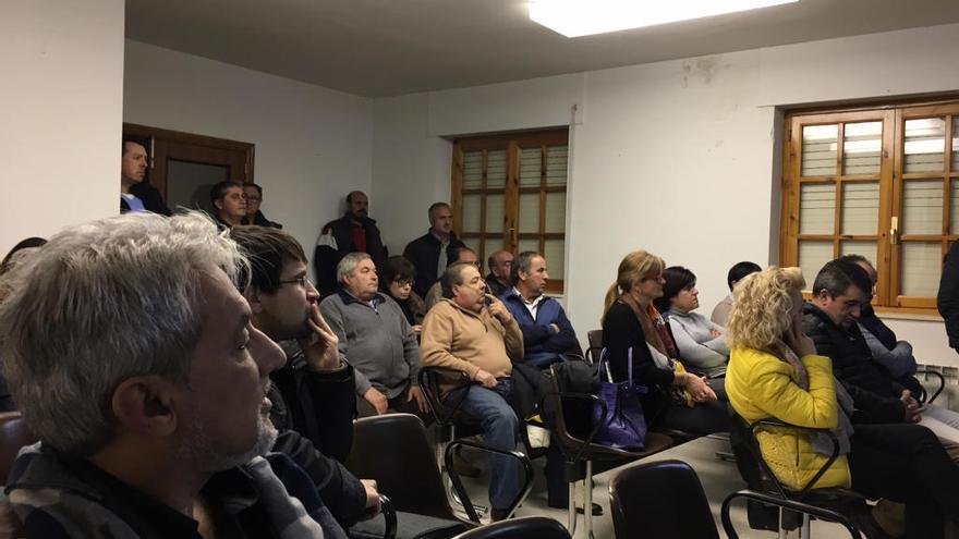 Un grupo de trabajo liderará la oposición al desmantelamiento de Kronospan