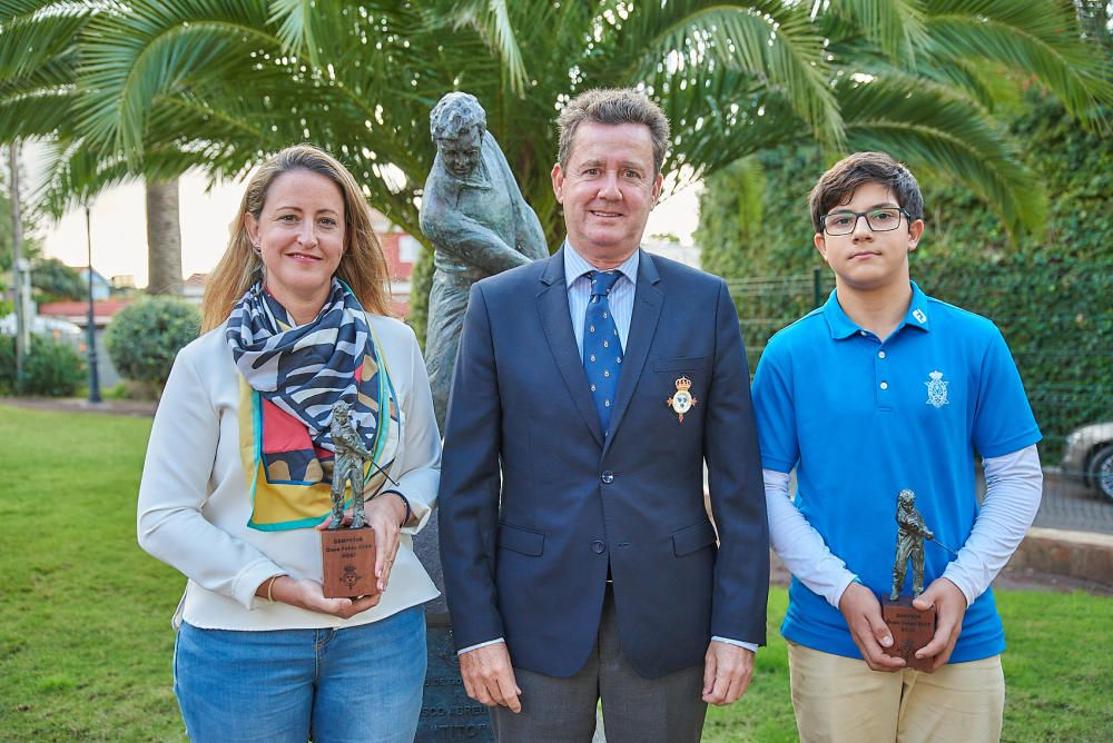 Instantes de la entrega de premios de la Copa Golf Peñón 2019