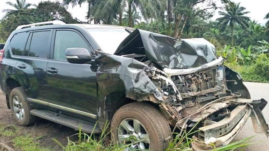 Samuel Etoo sufre un aparatoso accidente de coche en Camerún