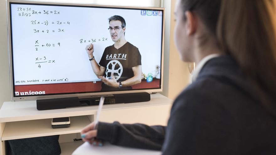 La docencia virtual agrava los casos  de ciberacoso de alumnos a docentes