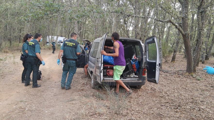 La Guardia Civil interviene en el desalojo de los concentrados en Vime