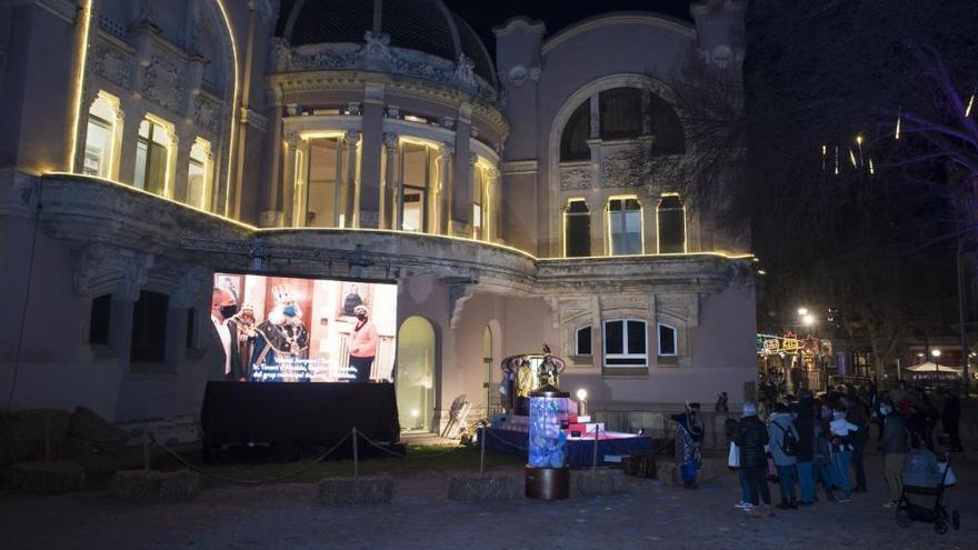 El campament reial al pati del Casino de Manresa ha atret més de 4.500 visitants