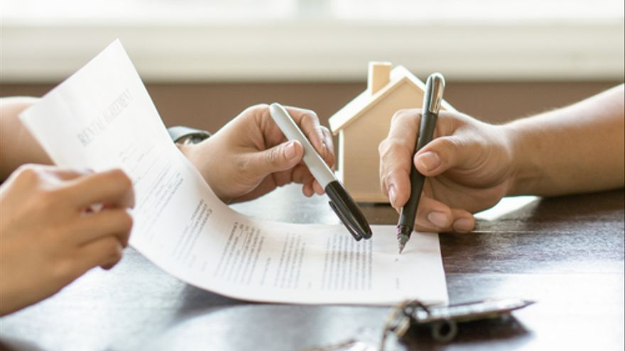 Contrato de alquiler de vivienda: Cláusulas y requisitos que no debes pasar por alto