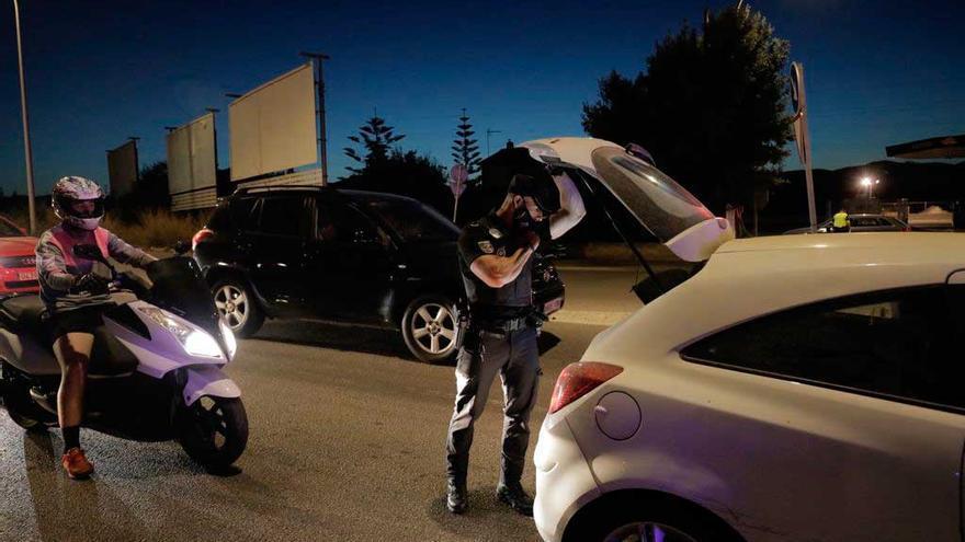 La Policía Local de Palma controla 185 vehículos en el dispositivo antibotellón del fin de semana