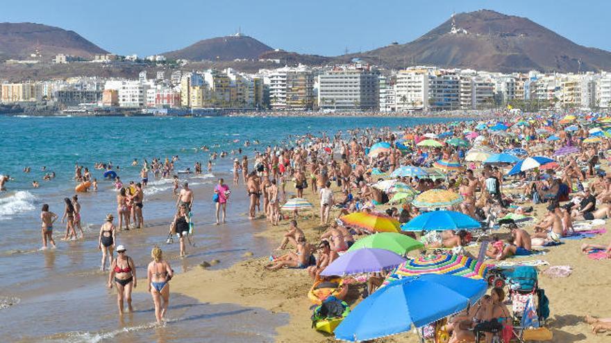 El paro en Canarias sube en 640 personas en junio