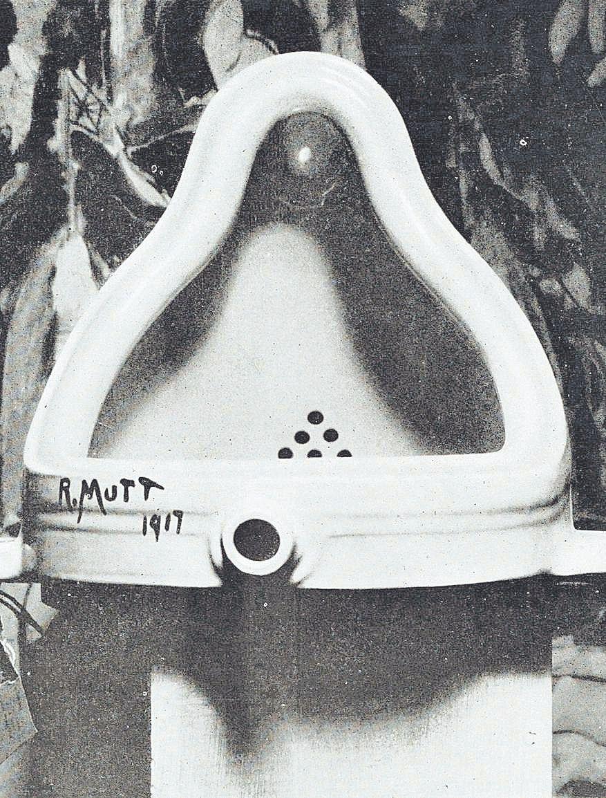 'La fuente', su obra, que erróneamente fue atribuida a Marcel Duchamp.