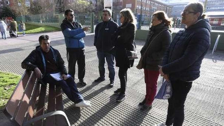 El Quirinal pide a Educación que frene el recorte en el apoyo de auxiliares