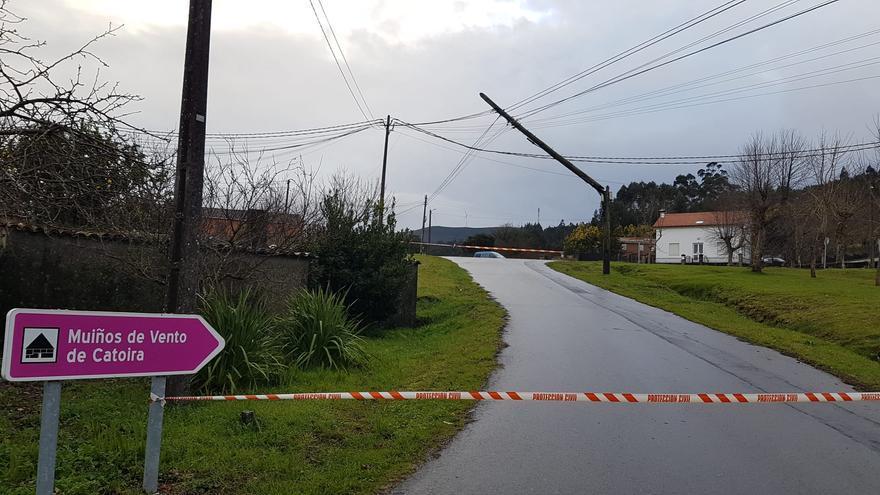 Carretera cortada en Catoira