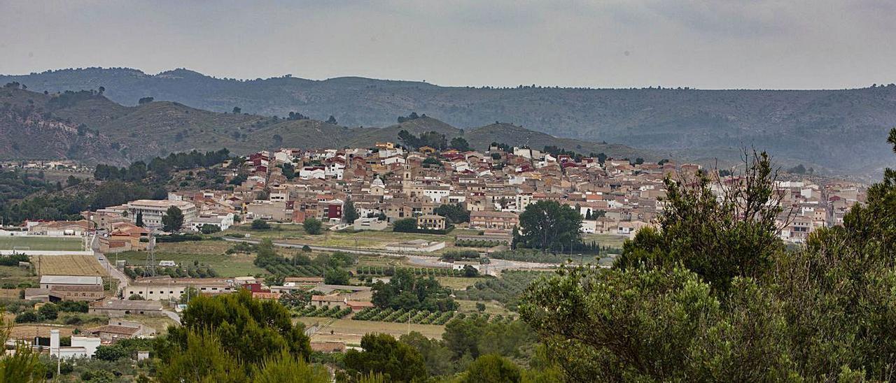 Vista del casco urbano de Chella, en una imagen de principios del mes de junio | PERALES IBORRA