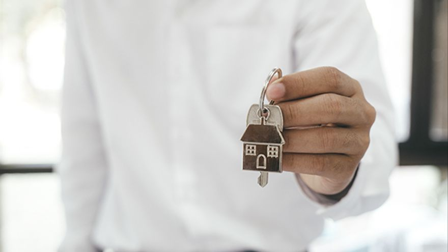 La Xunta detecta cada semana cinco caseros que no depositan la fianza del alquiler