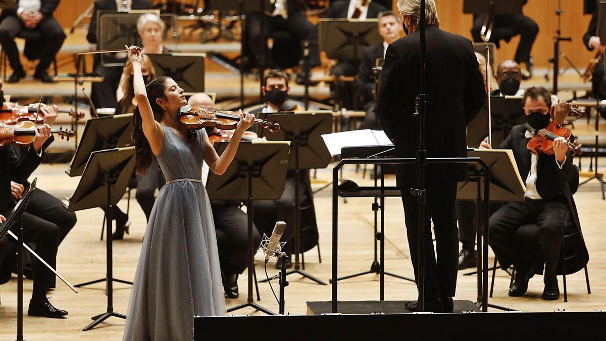 María Dueñas, ayer, en el Auditorio.   Luisma Murias