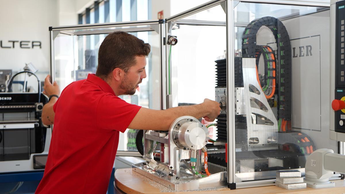 Francisco Álvaro, que acaba  el ciclo formativo de grado superior Programación de la producción en fabricación mecánica.