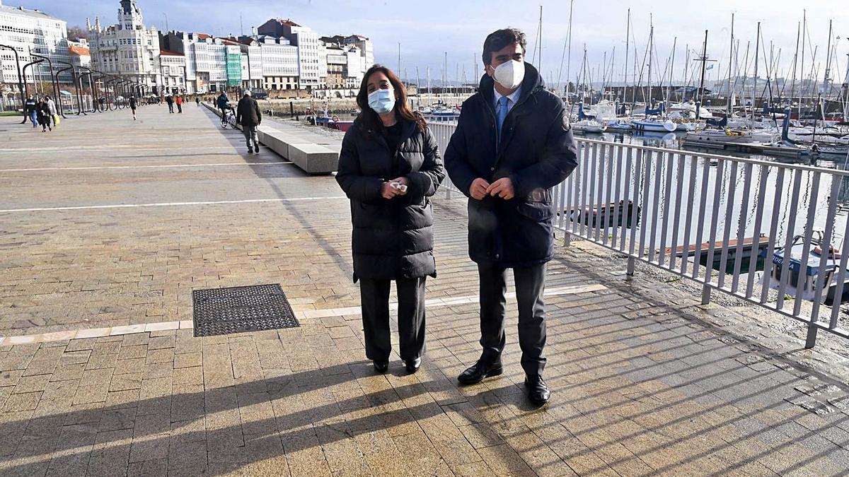 Inés Rey y Fernández Prado, en un encuentro institucional en la Marina en diciembre.   | // CARLOS PARDELLAS
