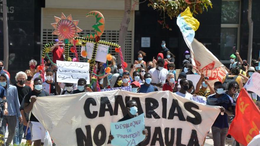 Manifestación de Somos Red: 'Canarias no es una jaula'