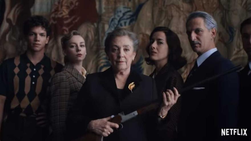 Netflix pone fecha de estreno a 'Alguien tiene que morir', la miniserie del creador de 'La casa de las flores'
