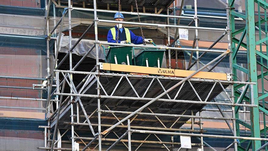 A Coruña lidera la inversión en obra pública, el cuádruple que hace un año pese al Covid