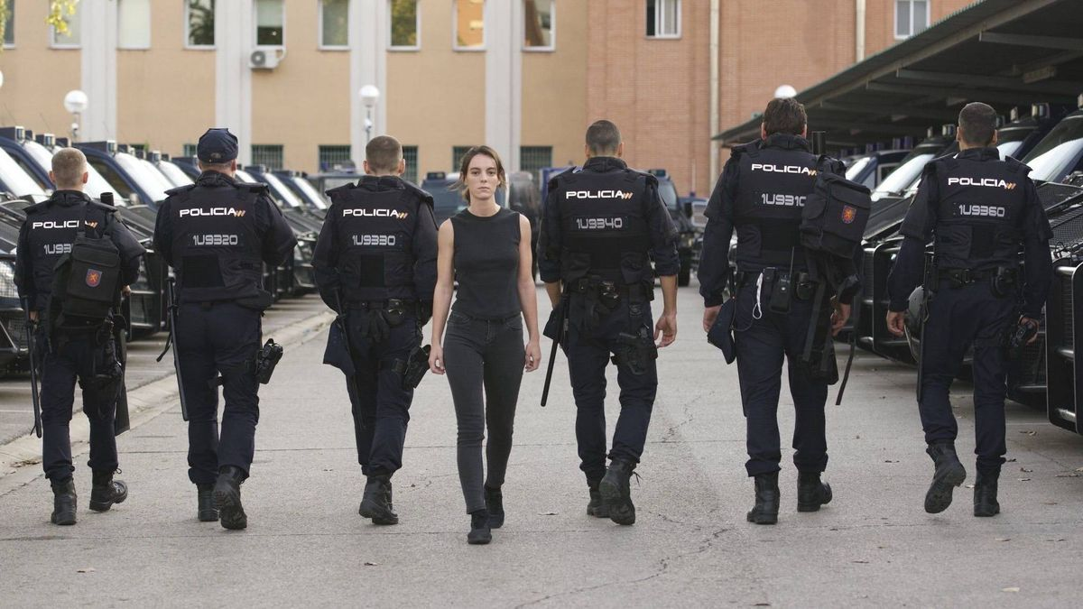 Vicky Luengo es la protagonista de Antidisturbios.