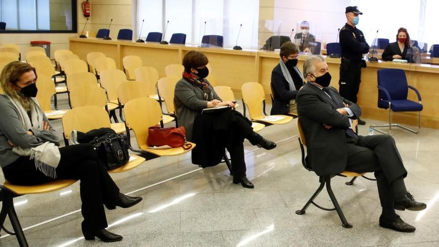 Suspenden el juicio a Bárcenas a la espera de un informe sobre el acusado con covid