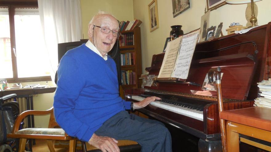 """Pedro, """"el del Barato"""", el abuelo del Oriente, falleció a los 107, en Cangas de Onís"""