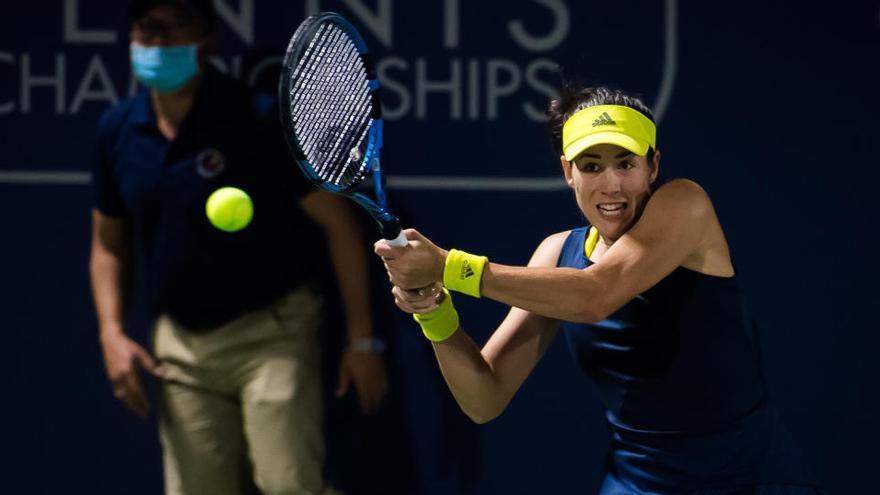 Garbiñe Muguruza arrolla a la campeona de Roland Garros