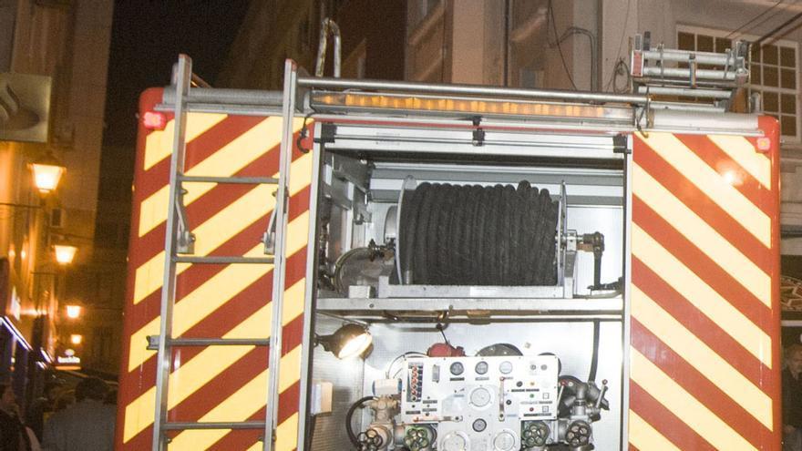 Una olla causa un incendio de madrugada en un piso de la avenida de Gran Canaria