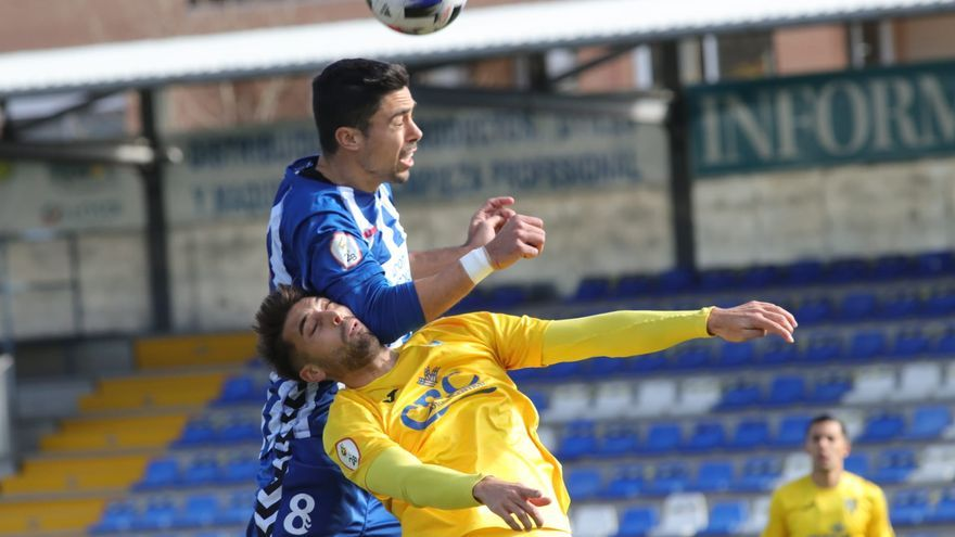 El Alcoyano sigue imparable a costa del Orihuela (2-0)