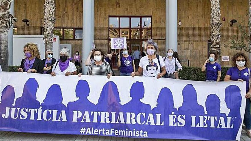 La jueza suspende las visitas del niño de 6 años a su padre preso por maltrato en Teruel