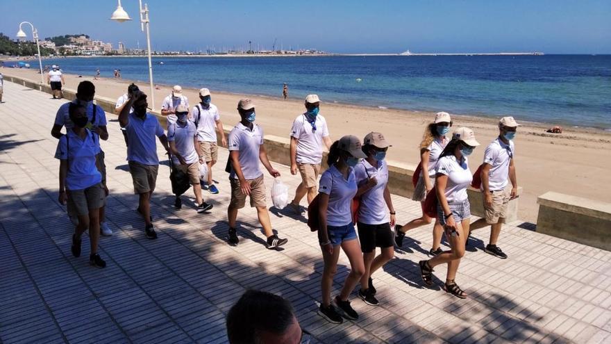 """""""Vosotros sois el rostro de la hospitalidad en las playas valencianas"""""""