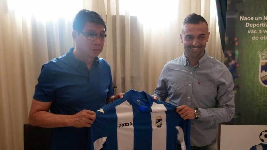 """Cristian Bustos: """"Al Sporting le puede entrar la pájara, pero estará arriba"""""""