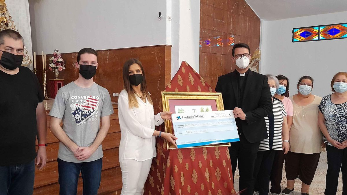 Acto de entrega del donativo de la Obra Social de la Caixa.