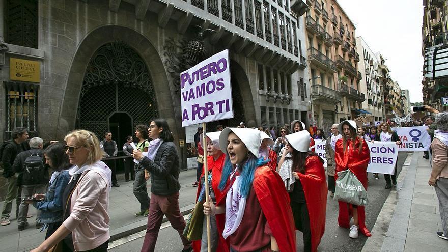 El PSOE impulsará una ley para abolir la prostitución que sancionará a los clientes