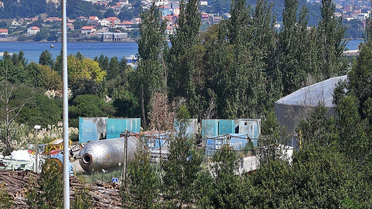 Estado que presentaban los terrenos de Elnosa tras la demolición de los principales edificios.     // G. SANTOS