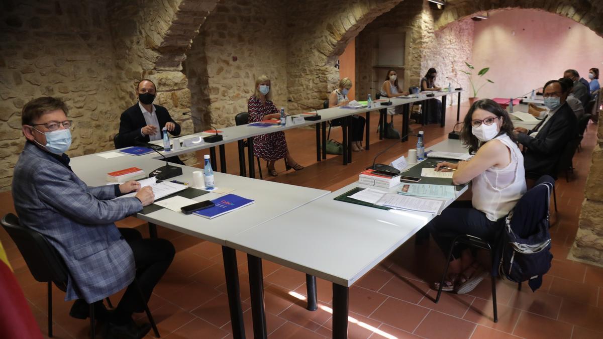 Momento del pleno del Consell celebrado ayer en Albocàsser