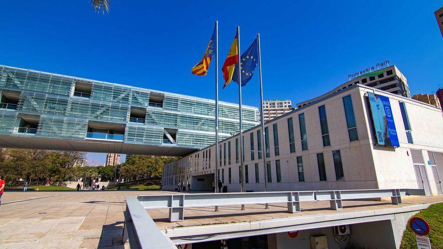 Benidorm lanza el tercer 'Plan Resistir' para ejecutar un millón de euros todavía pendiente