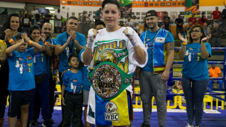 Davinia Pérez peleará por el cetro nacional del peso gallo